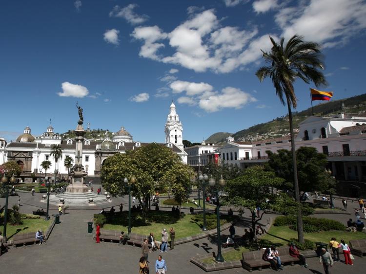 ecuador-quito-old-town