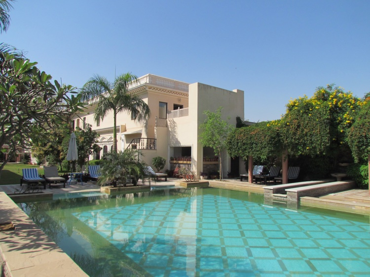 india-jaipur-pool
