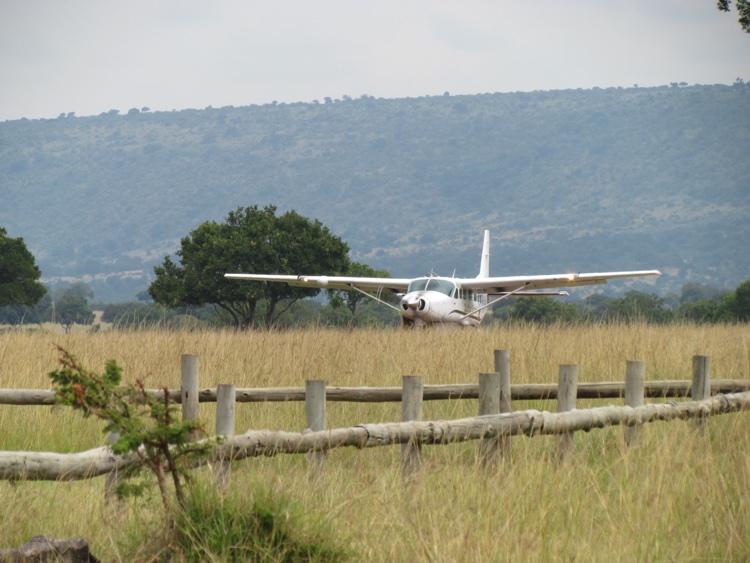 zambia-kenya-plane
